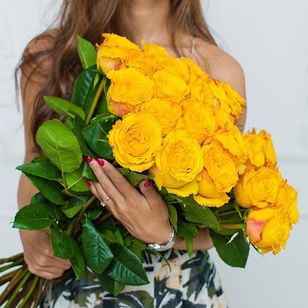 """Букет из 25 роз """"Спинелли"""""""