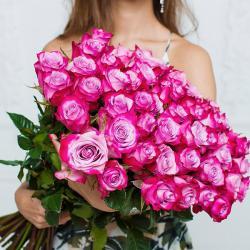 """Букет из 51 розы """"Дип перпл"""""""