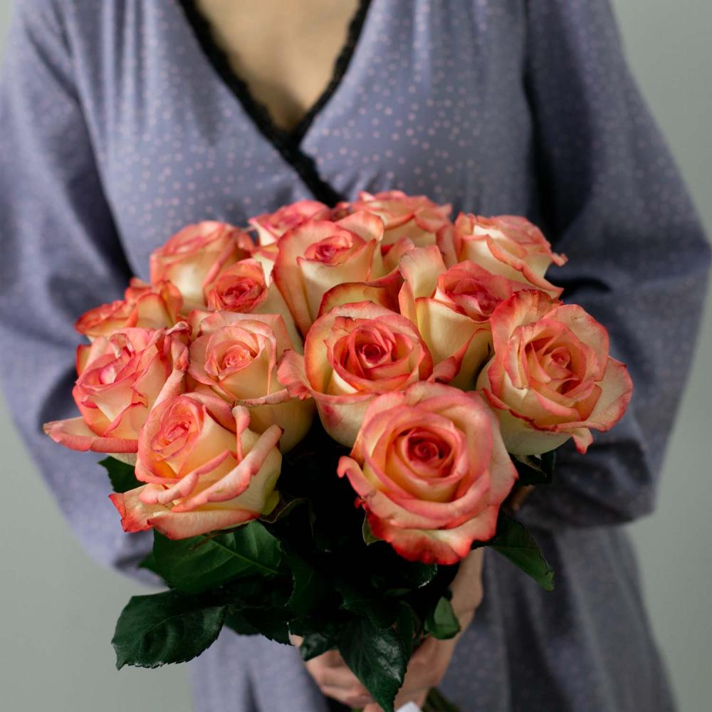 "Букет из 15 роз ""Paloma"""