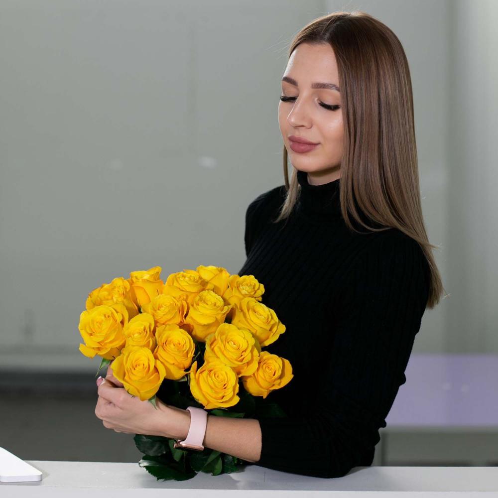 """Букет из 15 роз """"Tara"""""""